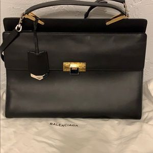 Balenciaga Purse/ Bag, strap included. Like new!